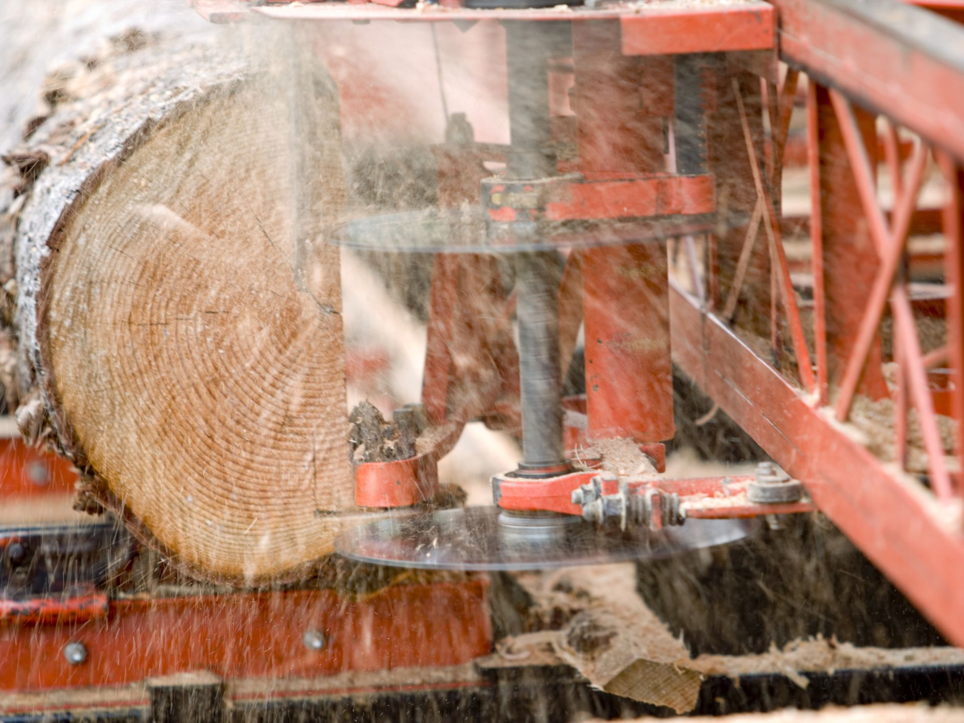 Woodmizer Sawmill For Sale >> What To Know Before You Buy A Woodmizer Sawmill