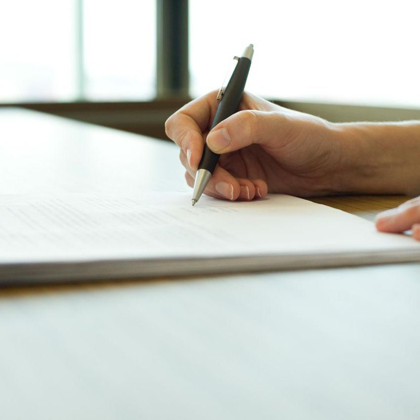 Learn How to Write a Freelance Writers Contract