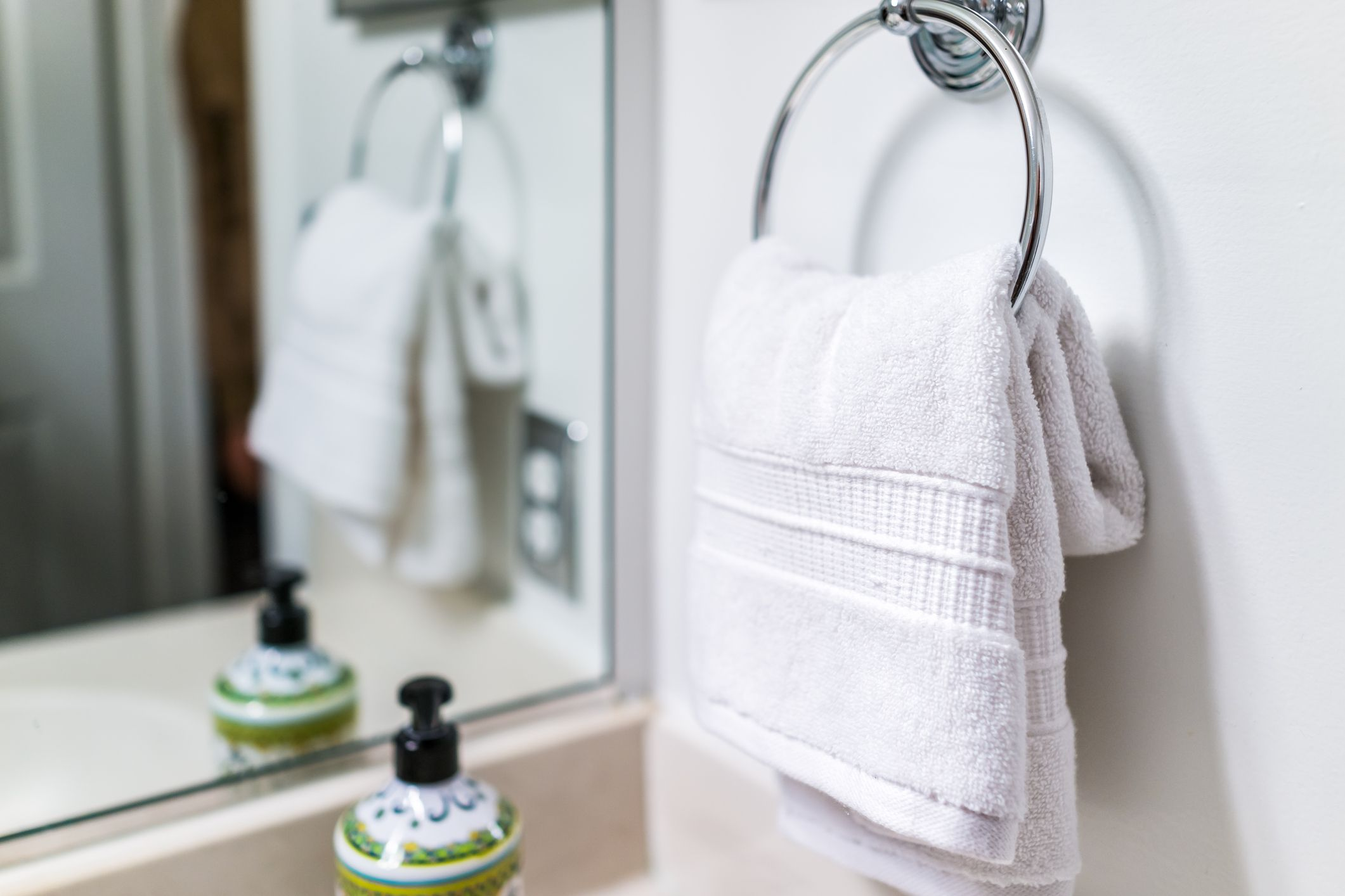 How to Install a Towel Bar and Other Bath Accessories
