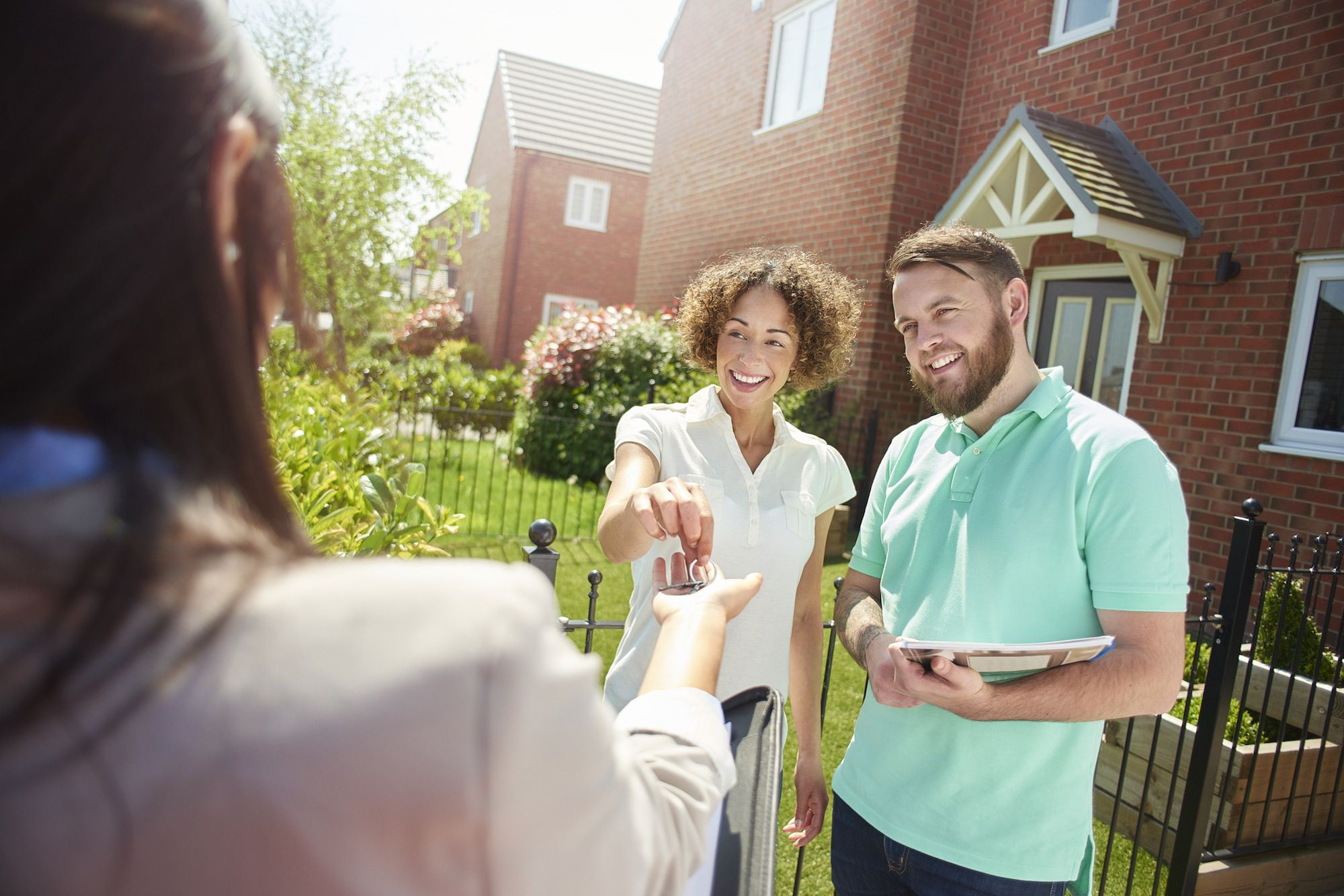 5 Negatives of Hiring a Realtor to Sell Your Investment Property