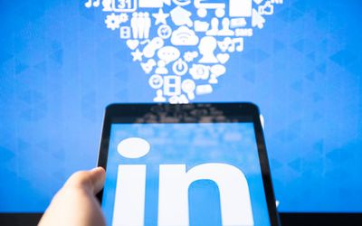 How to Create a LinkedIn Badge for Your Website