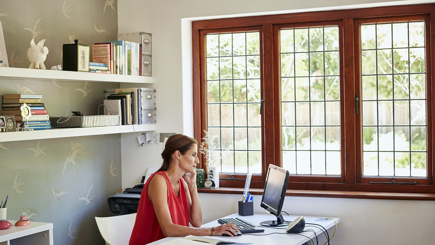How To Design Your Home Office On A Budget