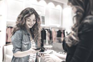Smart phone payment in a fashion retail