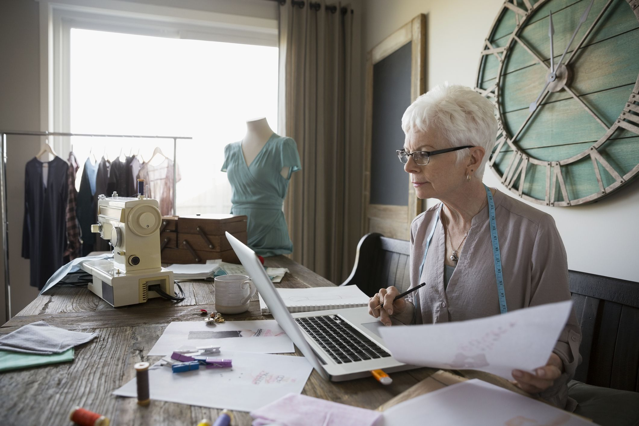 The Retiree's Guide to Starting a Side Hustle