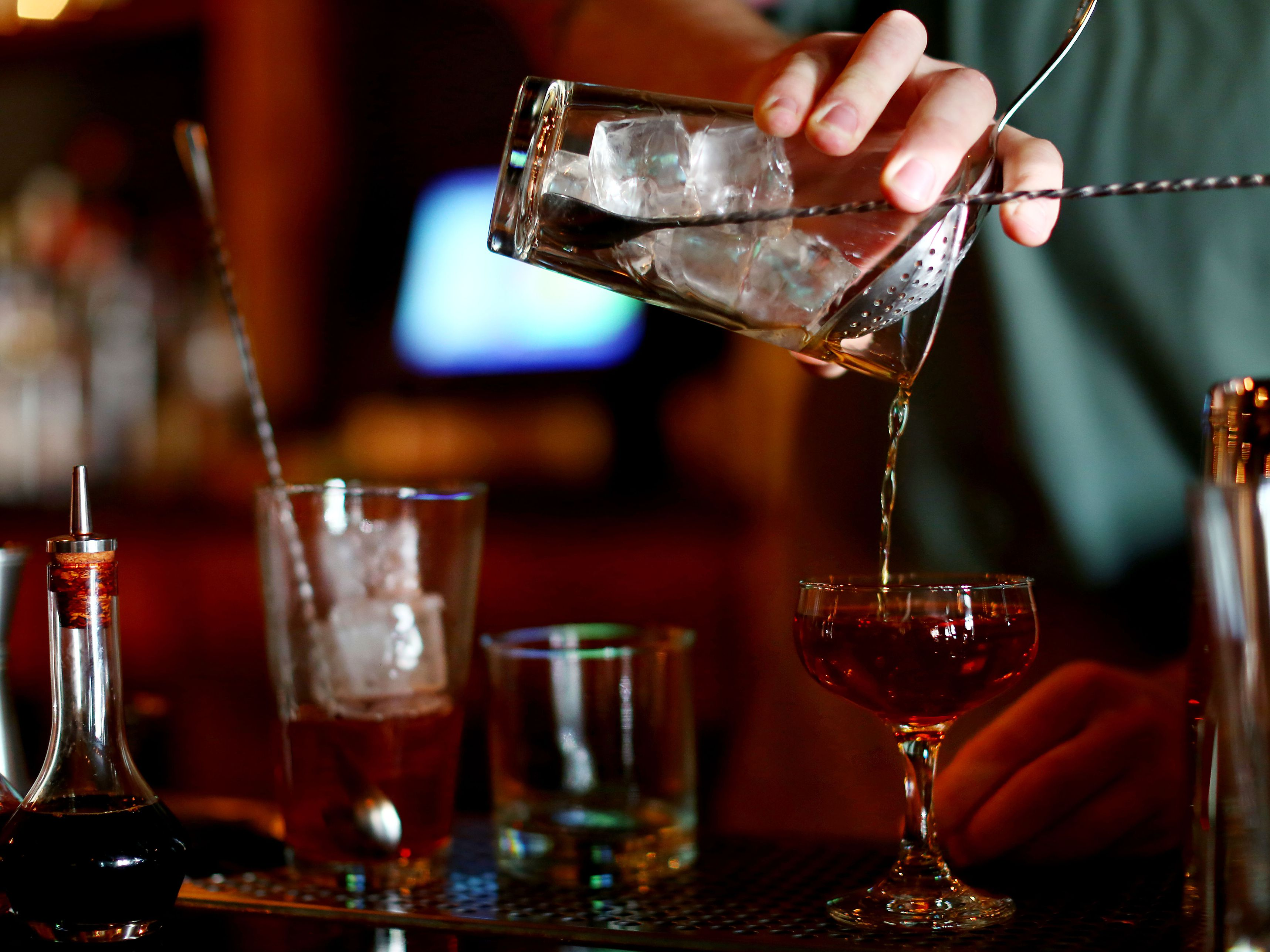 Types of and Applying for Restaurant Liquor Licenses