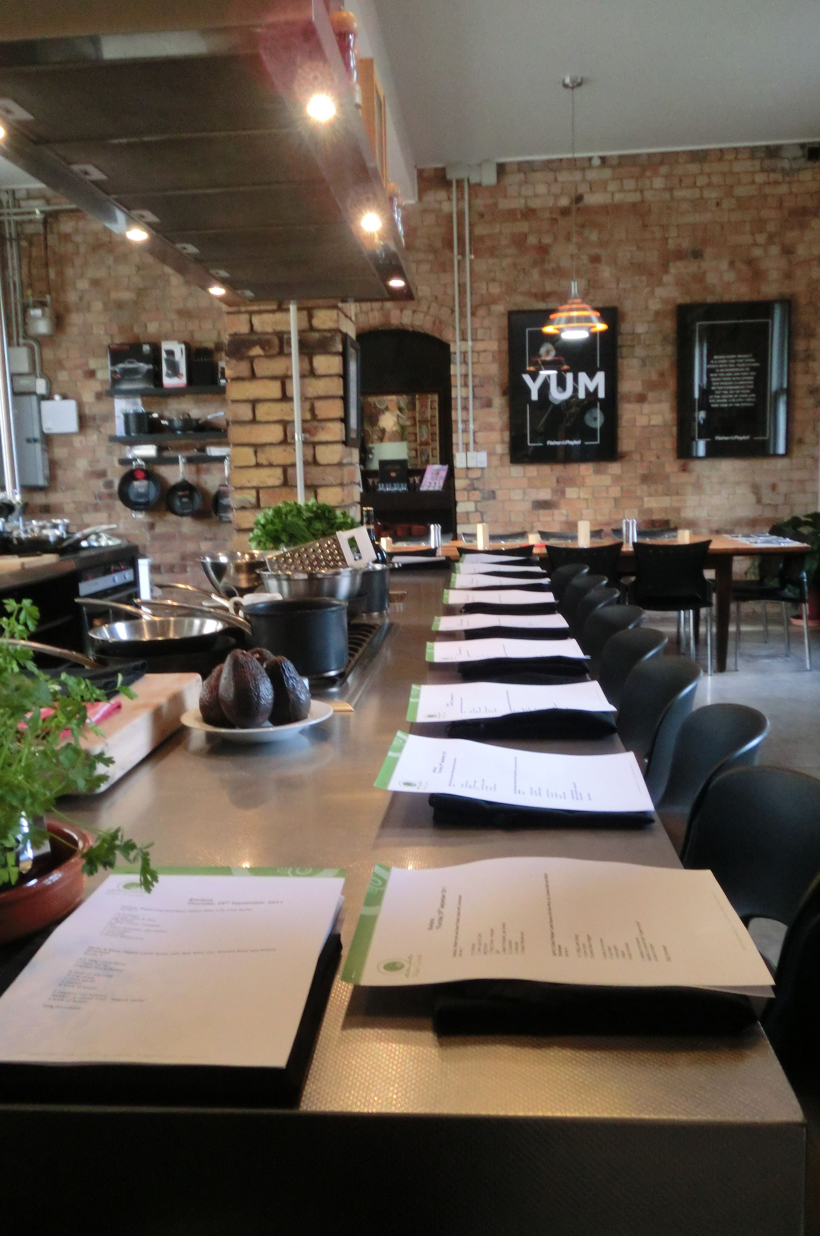 Advertise a New Restaurant - Creating an Effective Plan