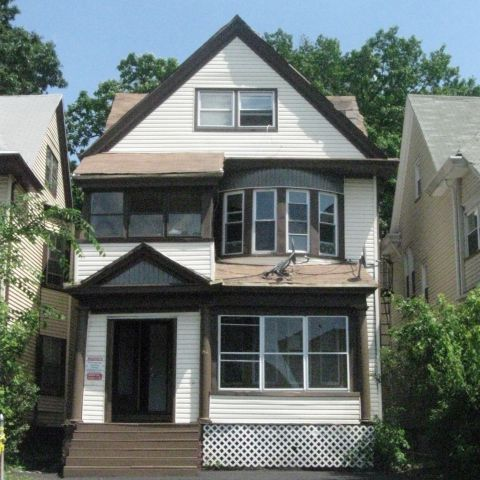 Picture of Small Multifamily Investment Property