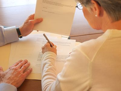 Signing articles of incorporation
