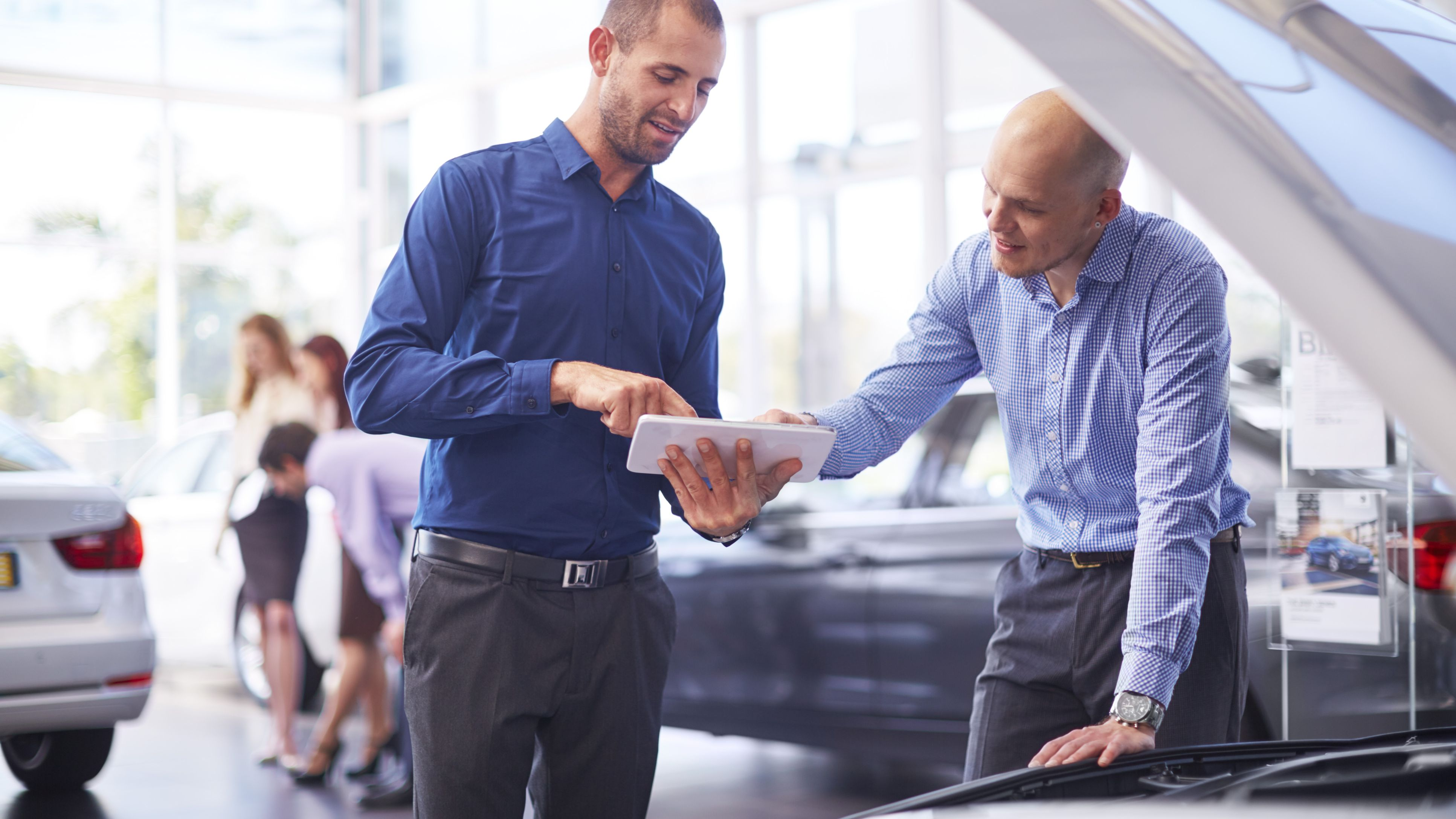 The Tax Advantages of Business Car Leasing vs. Buying