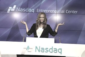 Tyra Banks posing for a picture at the Nasdaq Entrepreneurial Center.