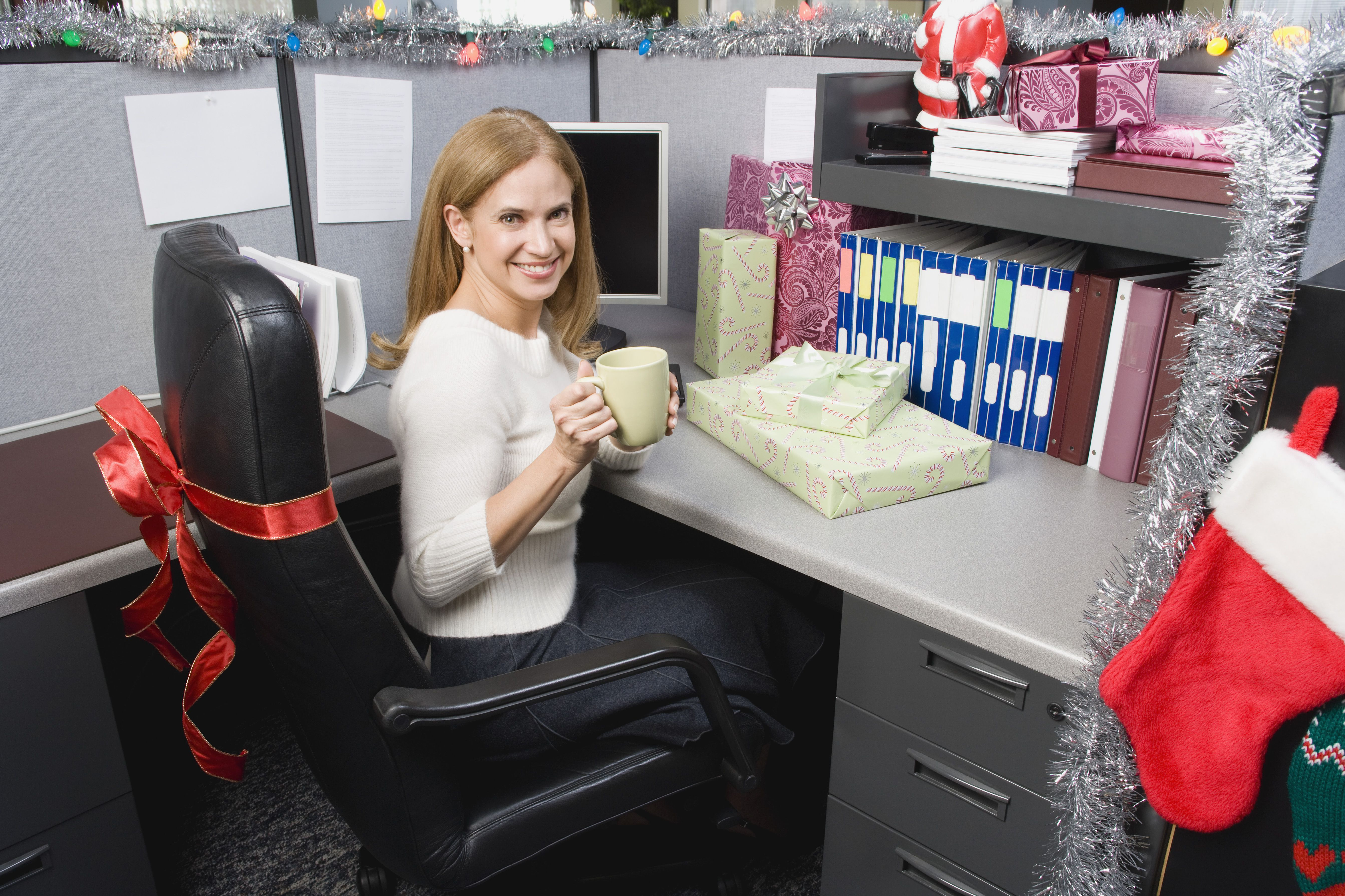 decorate office cubicles office holiday decor.htm how to prepare your business for the christmas season  business for the christmas season