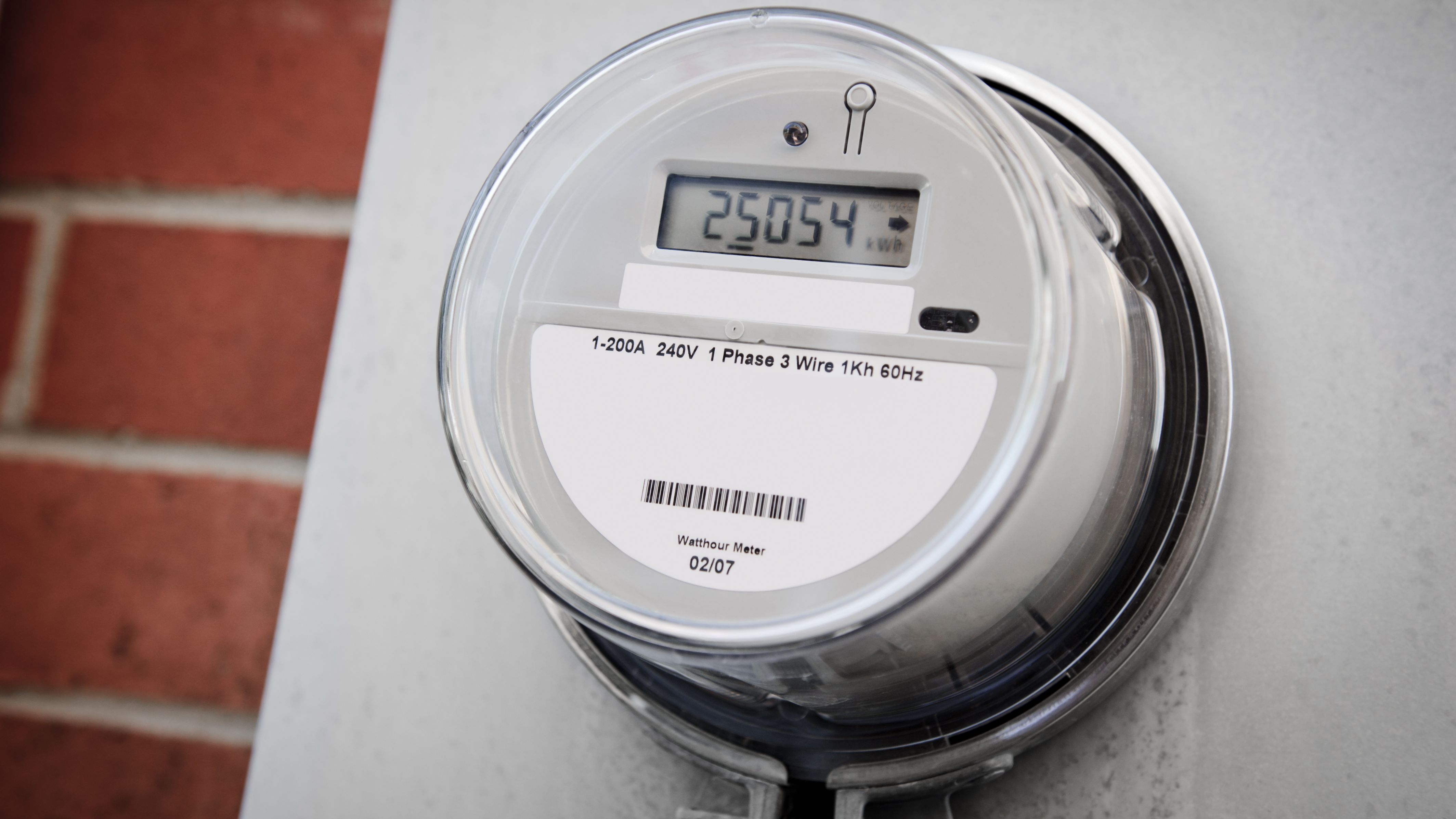 Pros and Cons: Smart Electric Meters