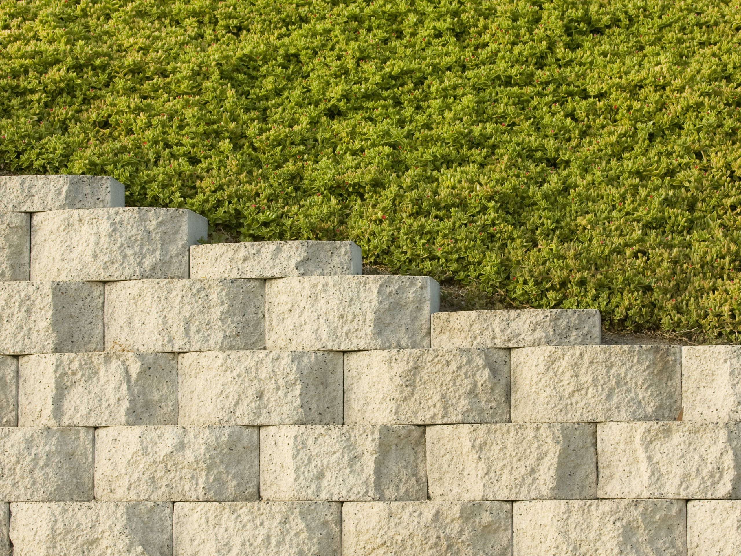 Mse Earth Retaining Wall Option Saves Money Time And Equipment