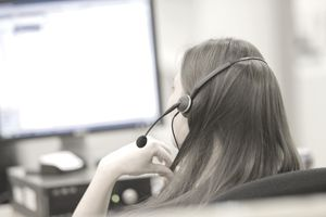 Telemarketing woman from the back.