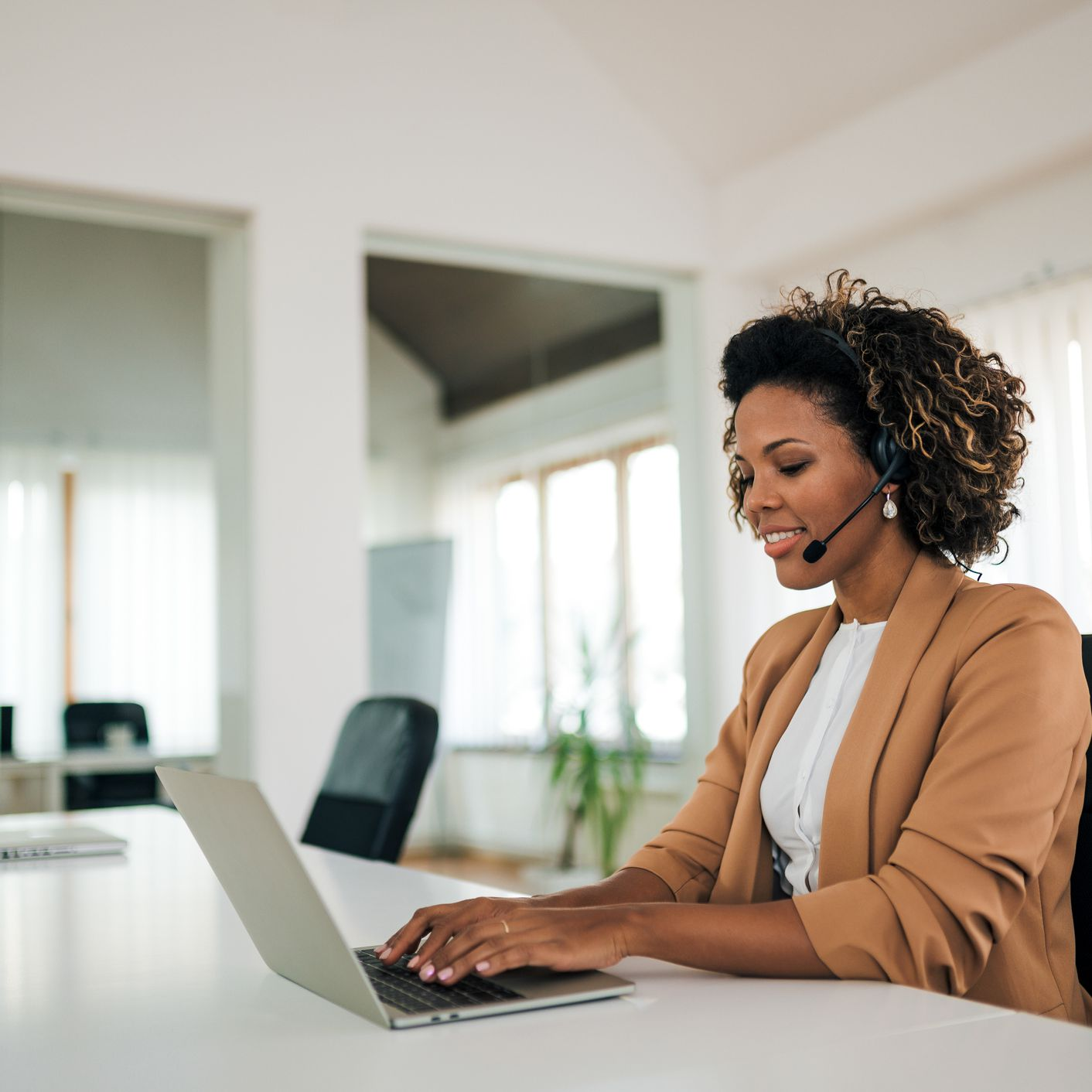 The 7 Best Virtual Personal Assistant Services of 2021