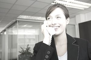 Employee Answers Business Phone