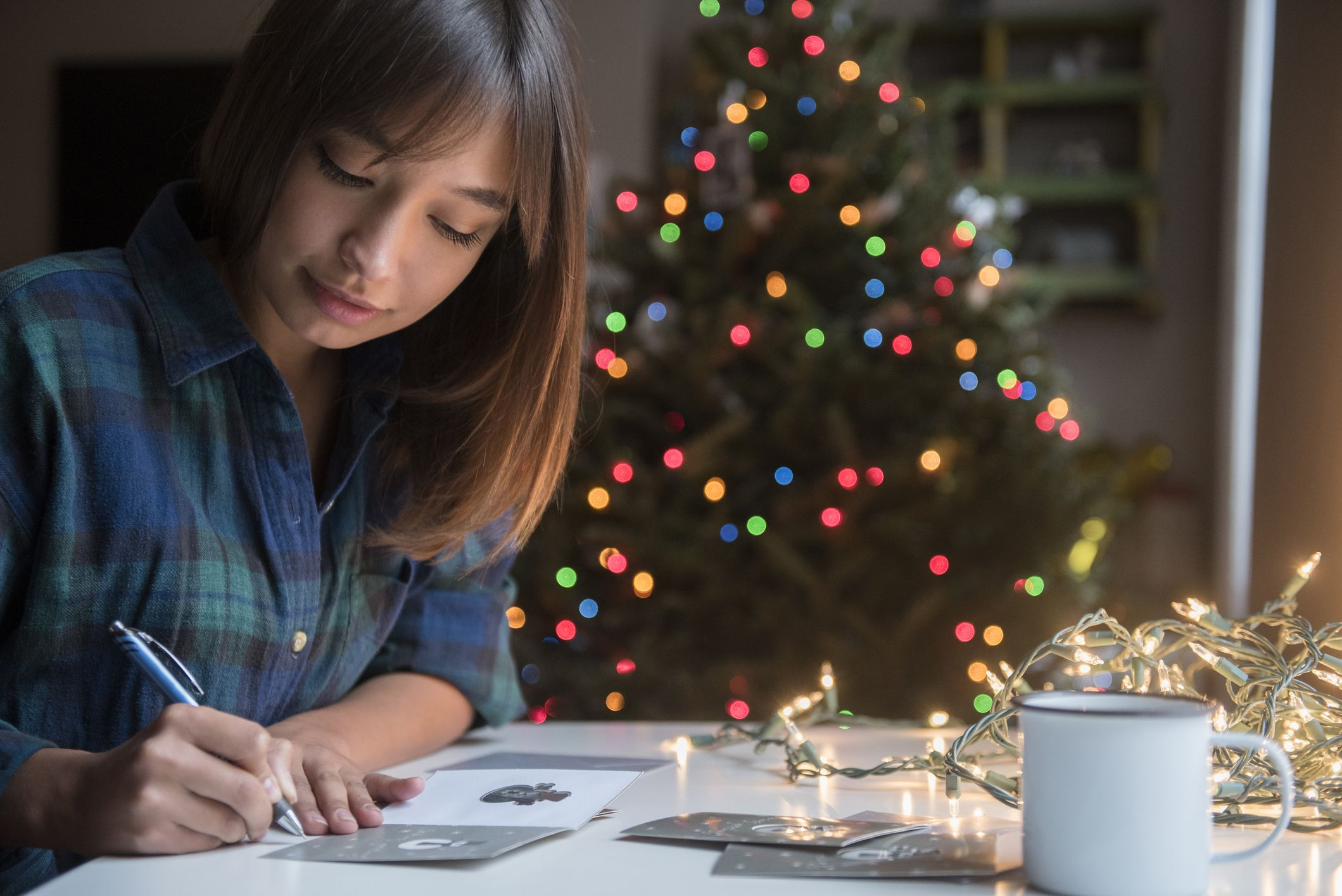 How to Choose, Address, and Sign Business Christmas Cards