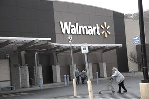 Walmart mega store ,Clarkston,Washington, USA