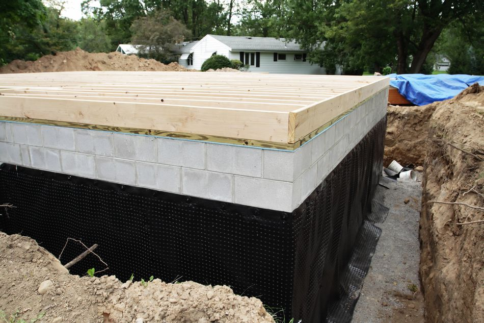 Elegant Tarring Basement Walls