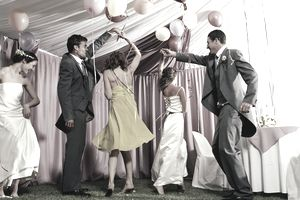 USA, New Jersey, Bride and groom dancing