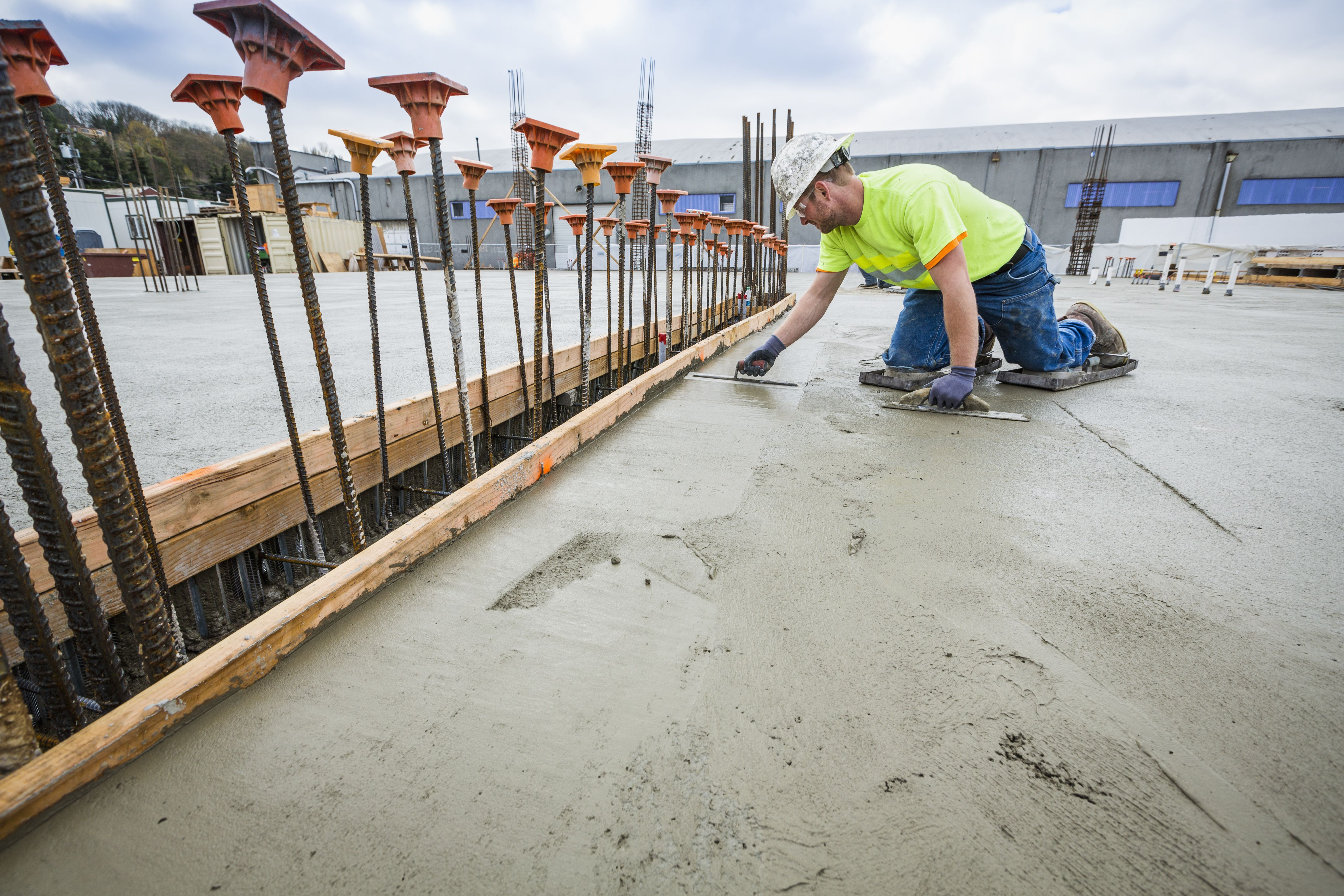 How To Cure Concrete With Water And Plastic Membranes