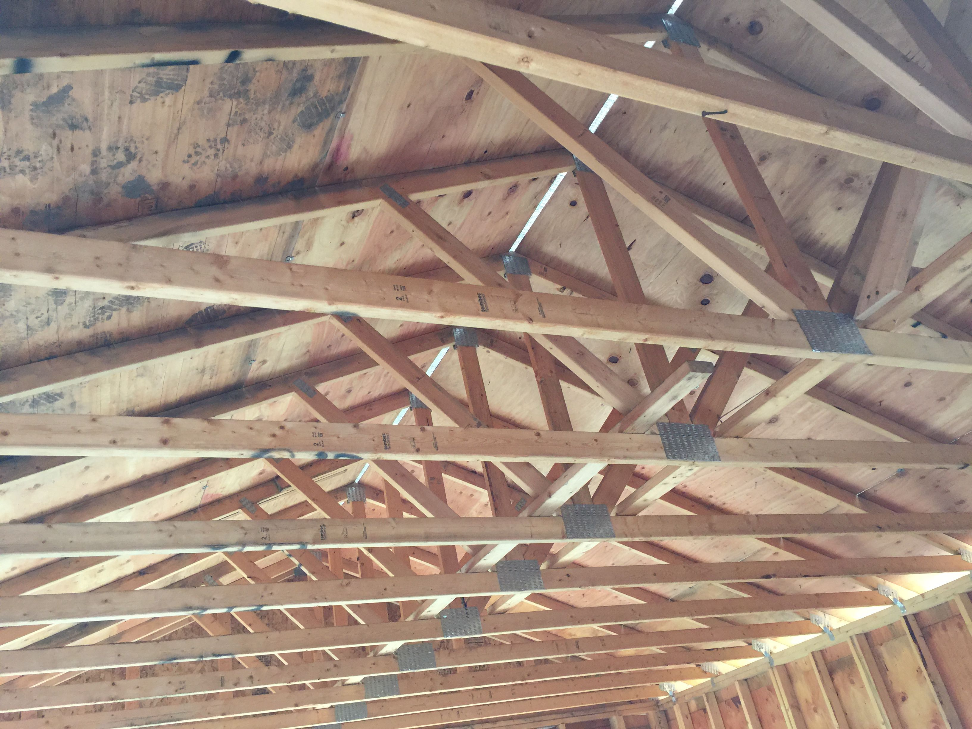Types of Roof Trusses: Costs and Common Uses