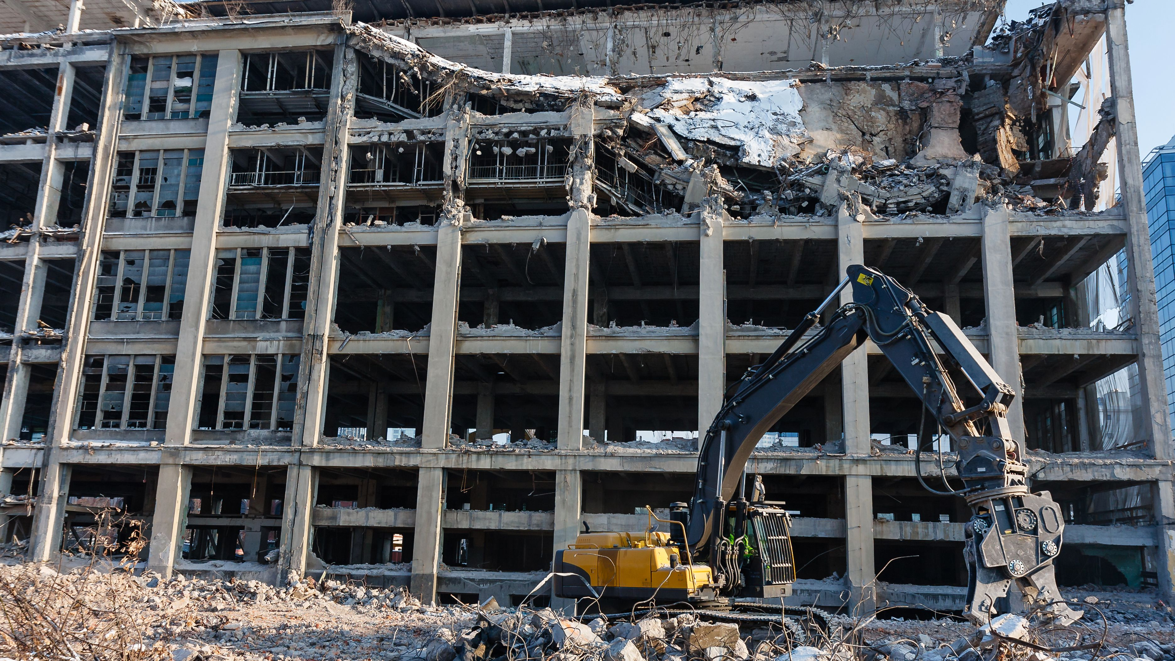 The 4 Most Common Ways to Demolish a Building