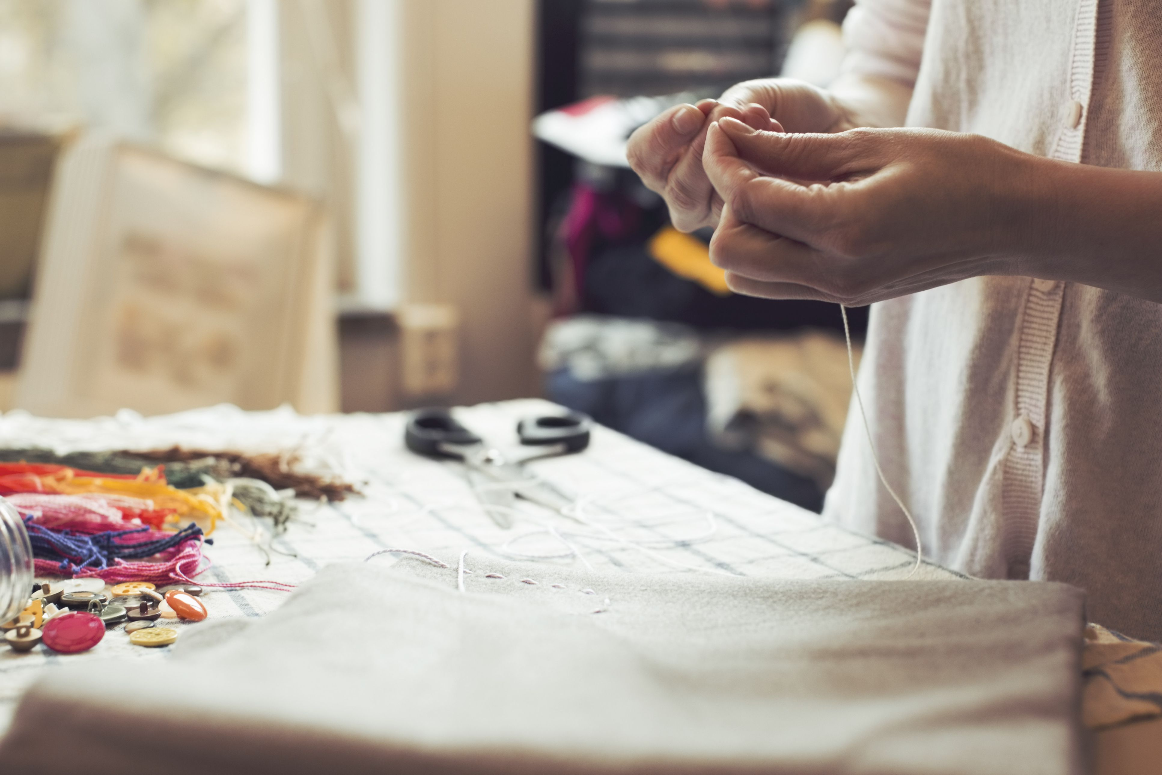 The Pros and Cons of Starting a Handmade Crafts Business