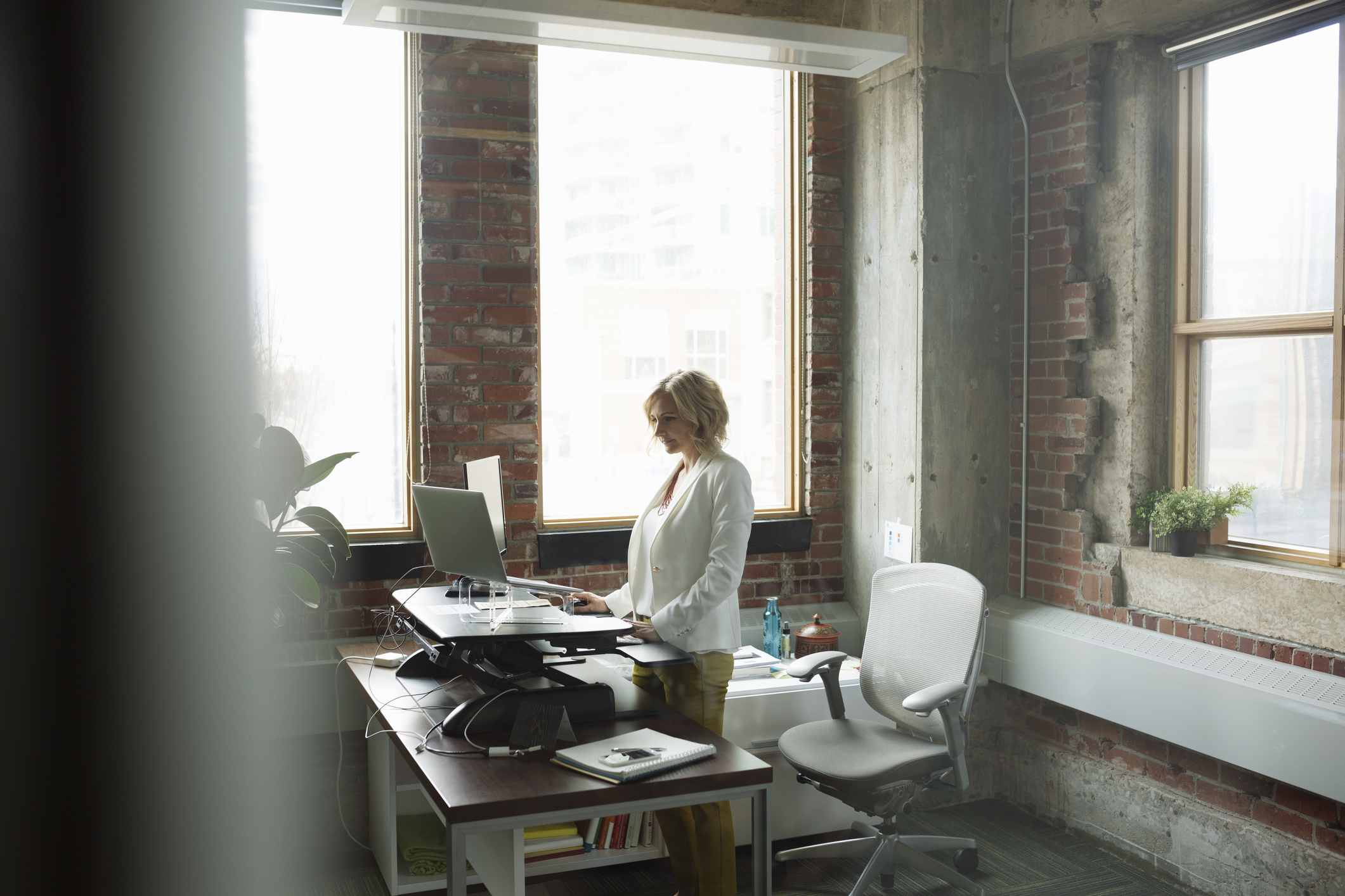 Best Layout Designs to Give Your Home Office a Makeover