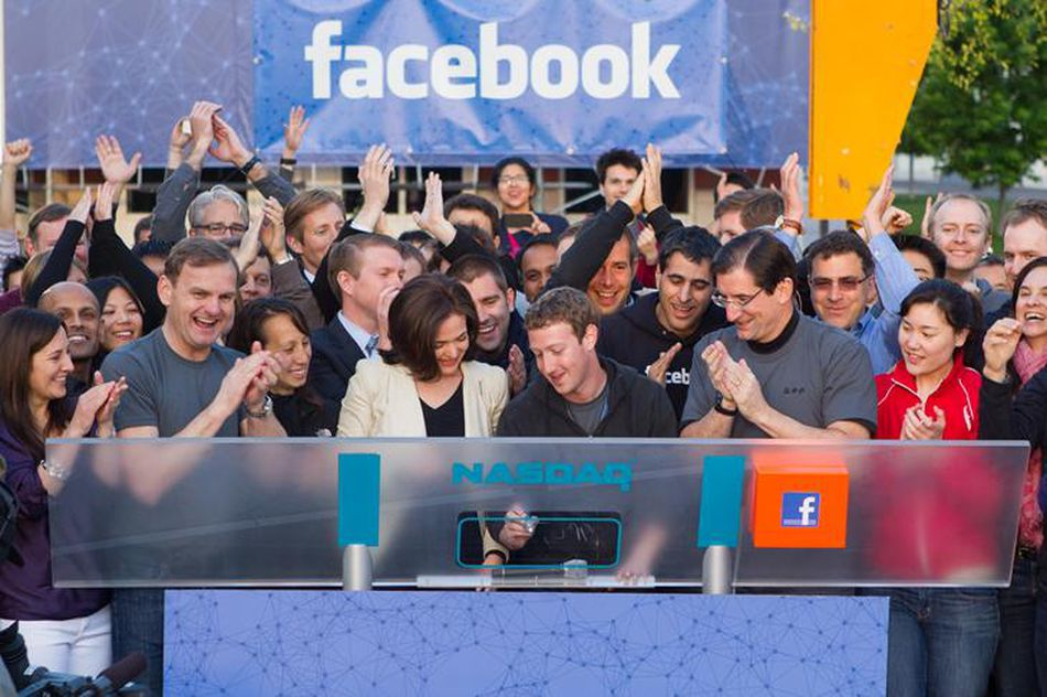 Mission, Vision, Headquarters & History of Facebook Social Media Network