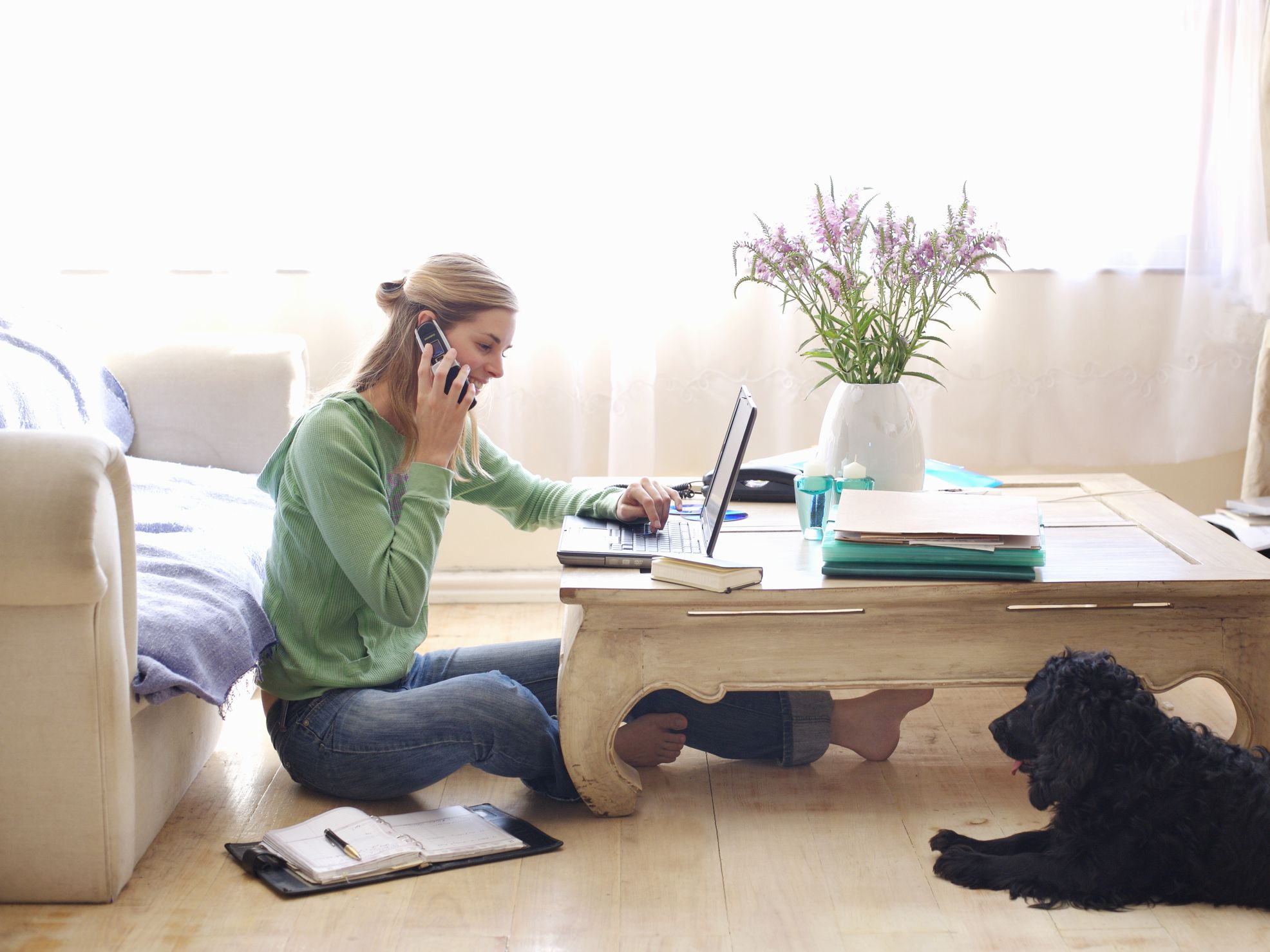 9 Reasons Why You Should Work from Home