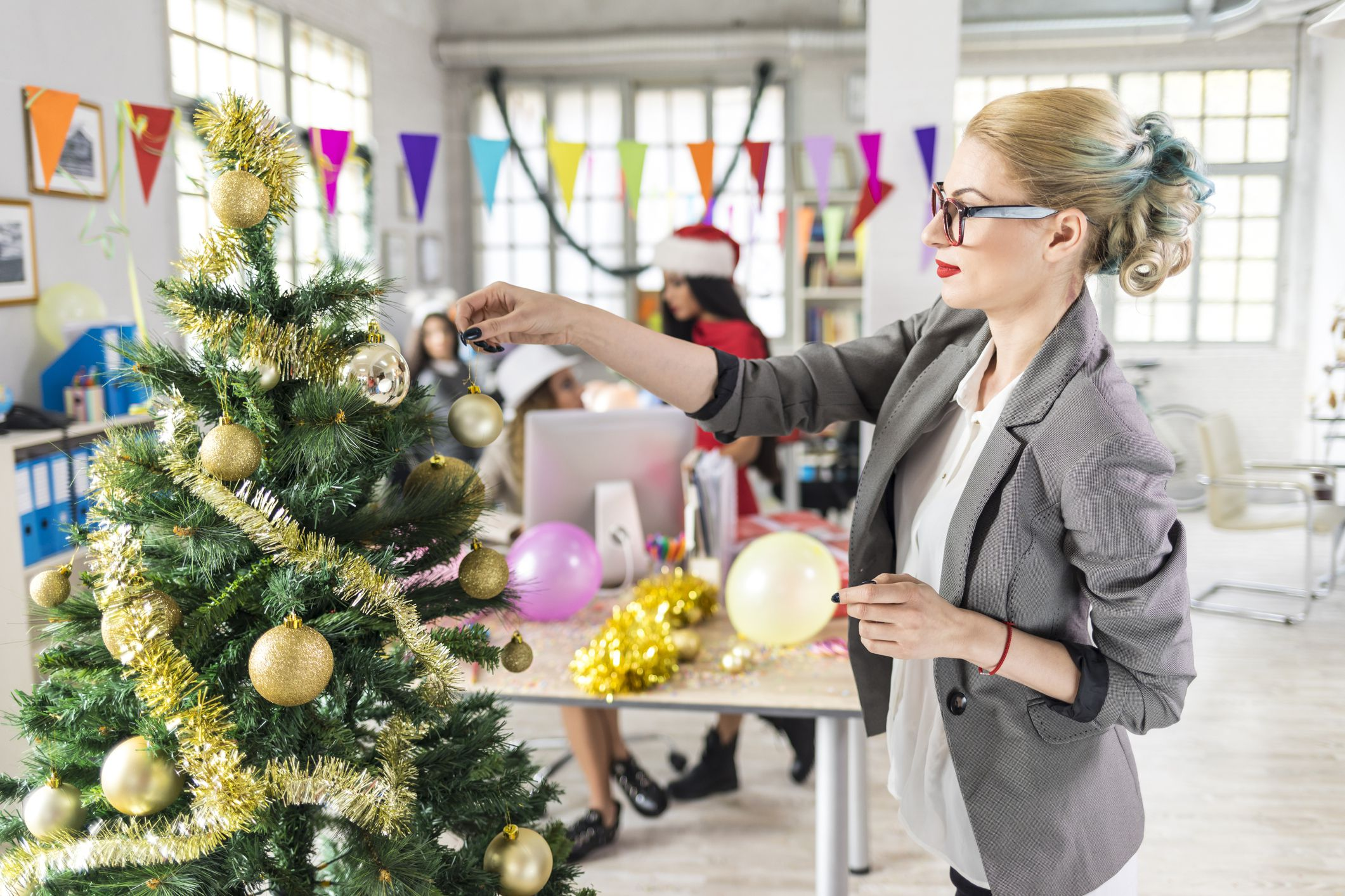 Starting a New Business at the Holidays Holiday Business Ideas