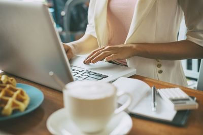Best no-fee work at home jobs