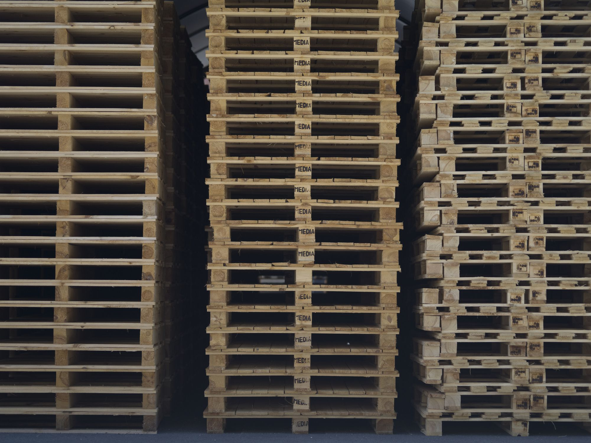 Disposing Of Broken And Unwanted Pallets