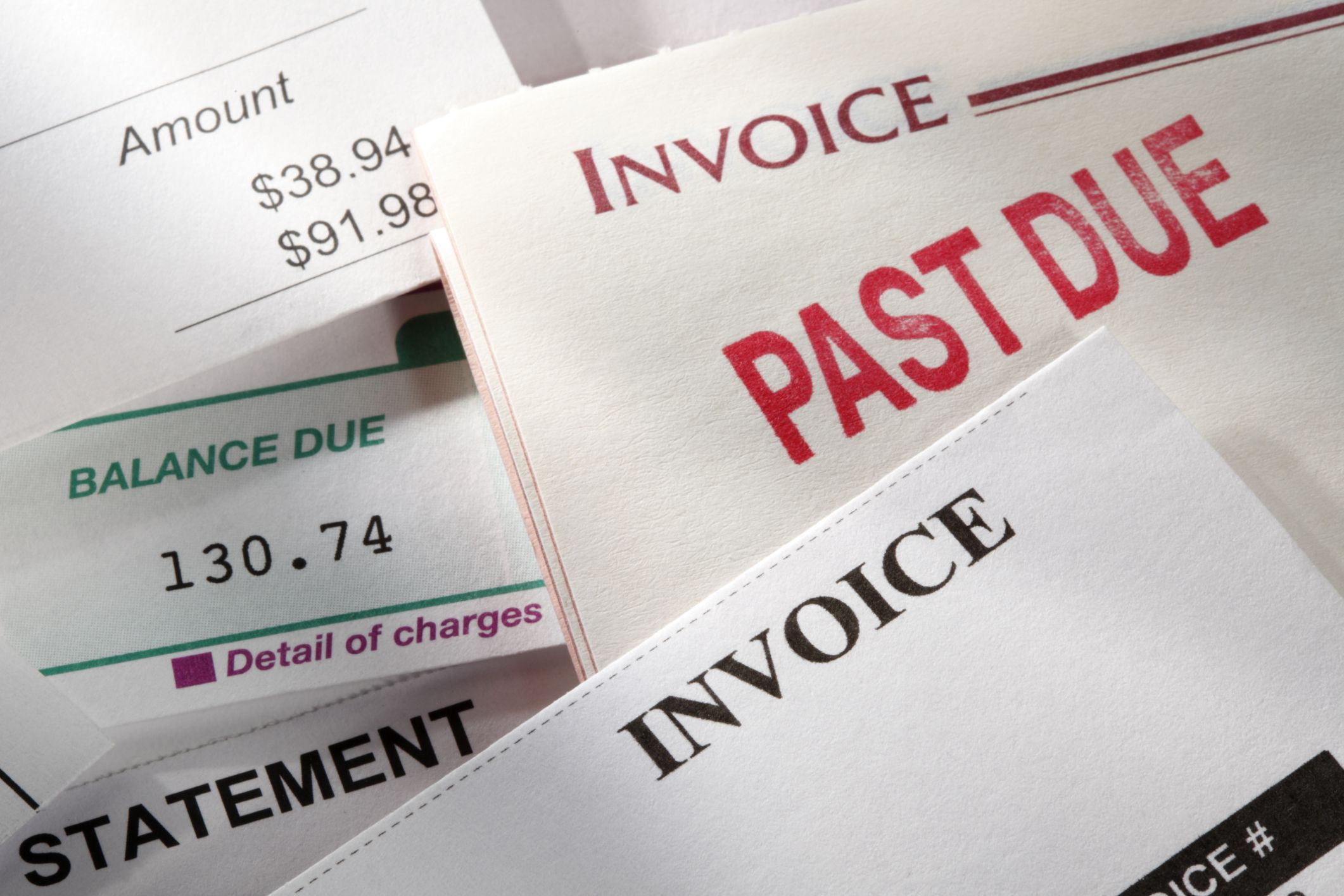 how to use an accounts receivable aging report
