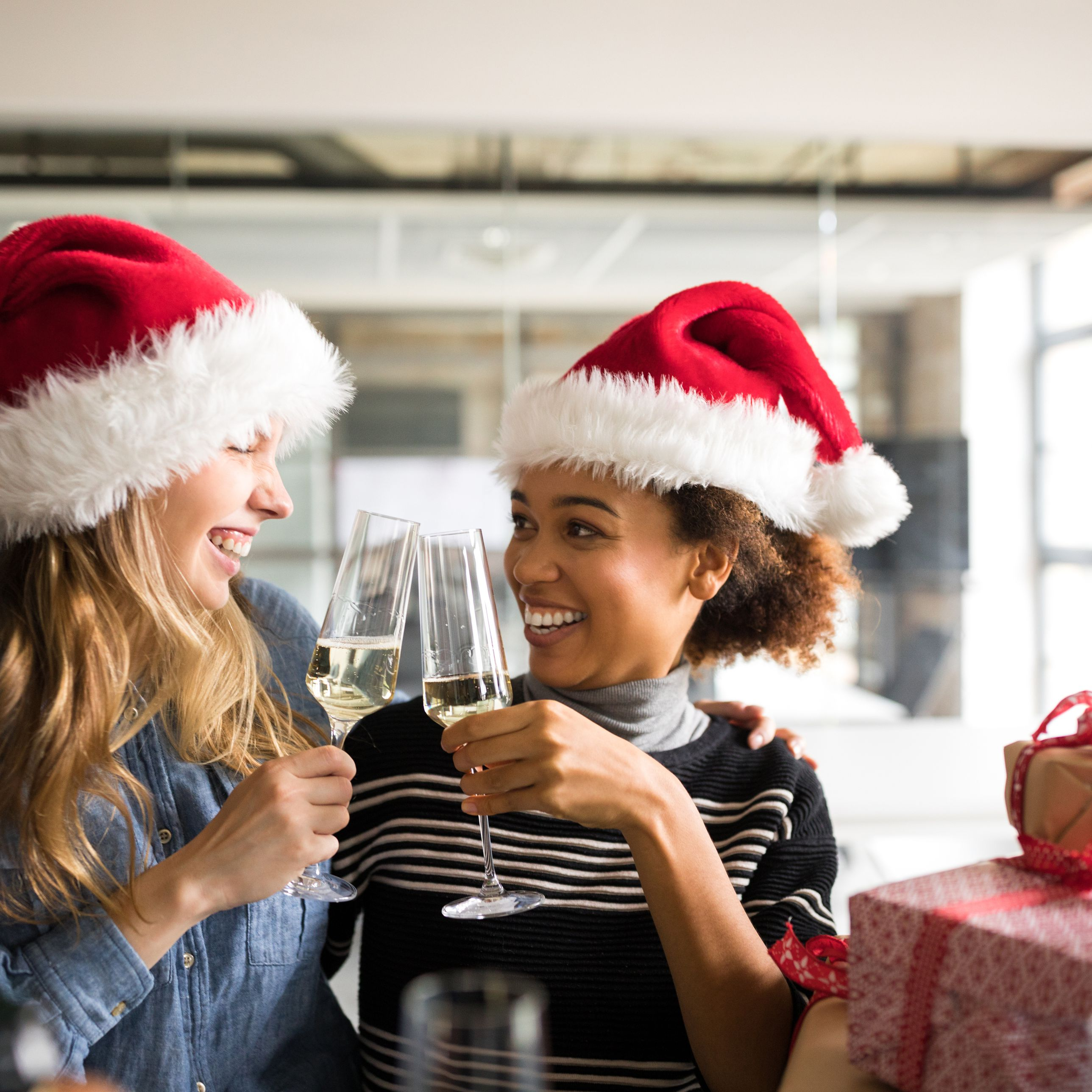 a72e83e6a4a24 10 Tips for Planning Your Employee Holiday Party