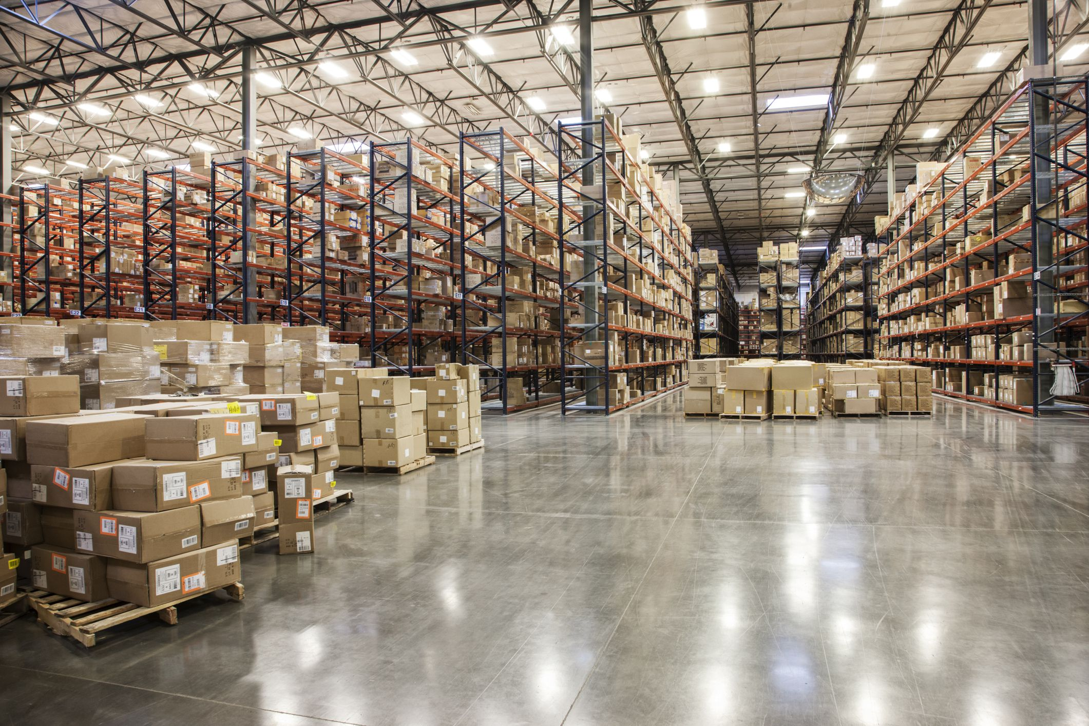 Warehouse Logistics: Cross-Docking on